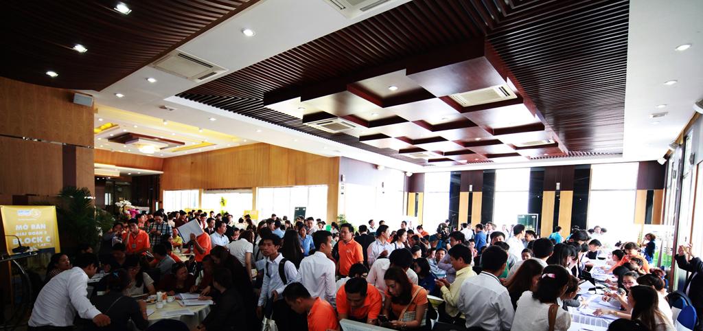 Khách hàng đặt trọn niềm tin vào các dự án mang thương hiệu Him Lam